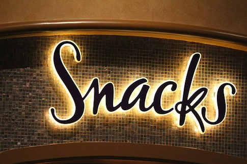 snacks_sign_485